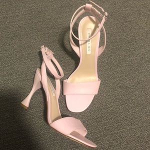 Charles&Keith light pink leather sandal 37 us6.5/7